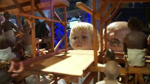 """Dzień otwarty wystawy """"Do abordażu"""" przyciągnął wielu zwiedzających w każdym wieku."""