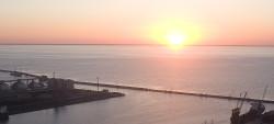 ...wschód słońca z Sea Towers.